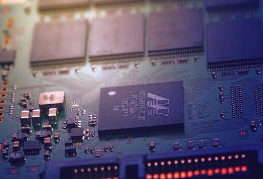 国产厂商遭不住 CPU也要大涨价